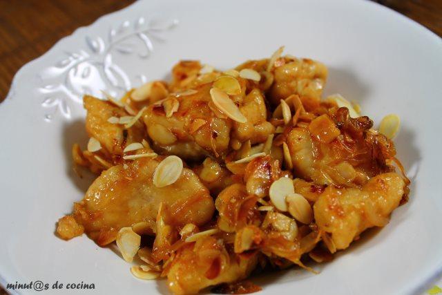 pollo con almendras (chino)