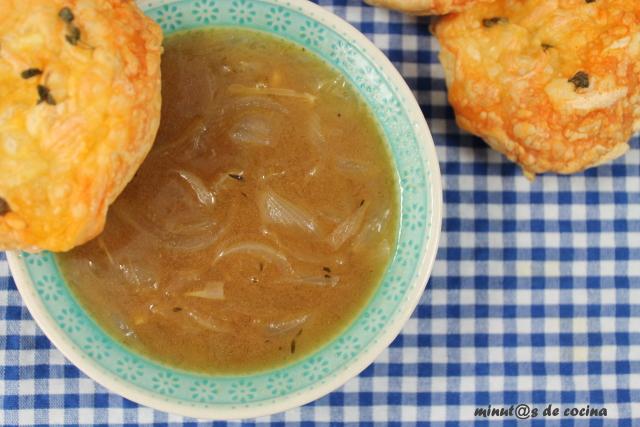 sopa de cebolla a la sidra